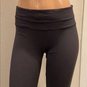 lululemon athletica Other - Lululemon black crop leggings Sz 6
